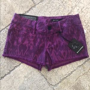 NWT Black Orchid Star Cut Off Shorts, 25